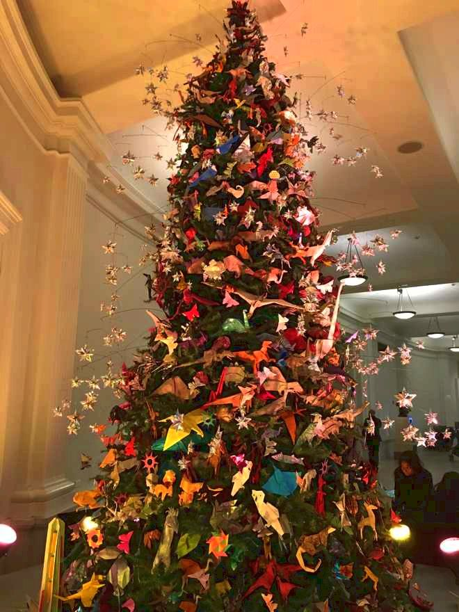 Origami Christmas Tree at The Museum of Natural History